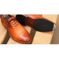 Простые советы, как выбирать обувную подошву по сезону